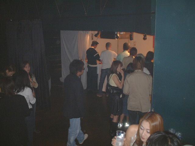 Back To The 80'東亜vol.7 / No.014