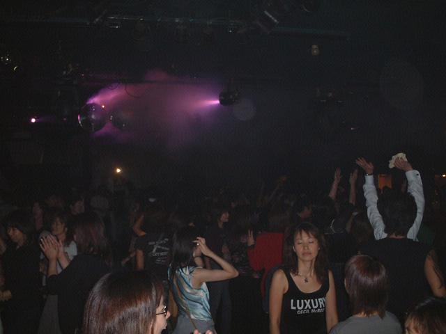 Back To The 80'東亜vol.7 / No.049