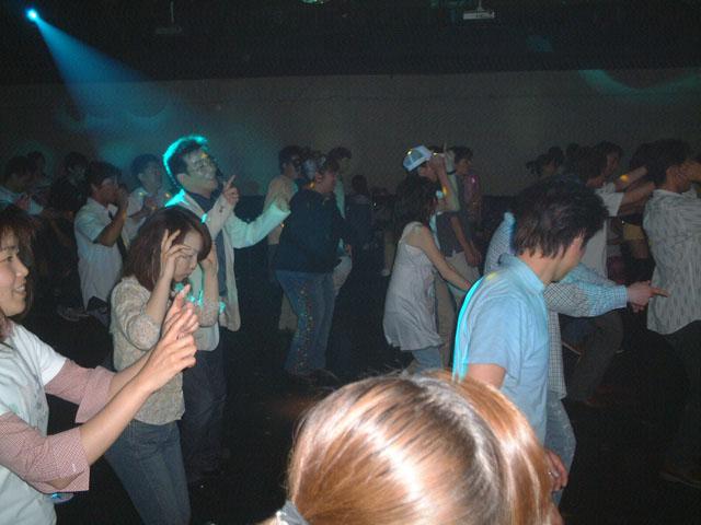 Back To The 80'東亜vol.8 / No.098