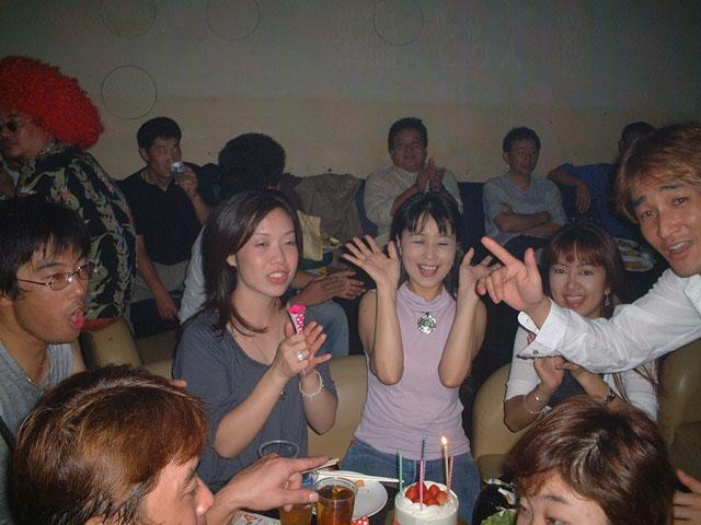 Back To The 80'東亜vol.9 / No.040
