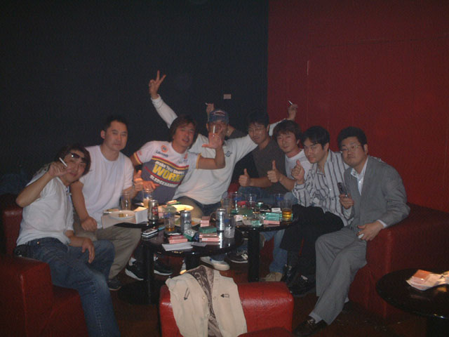 Back To The 80'東亜vol.9 / No.055
