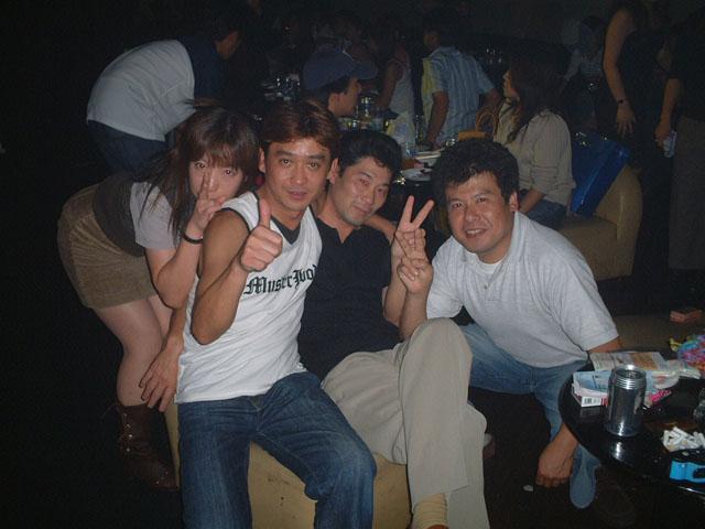 Back To The 80'東亜vol.9 / No.091
