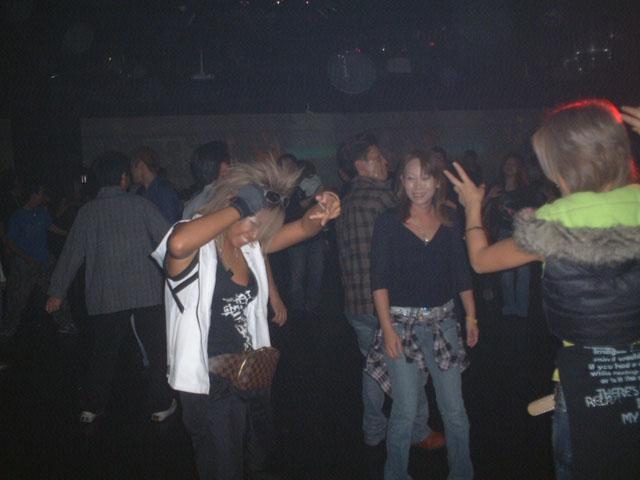 Back To The 80'東亜vol.9 / No.107