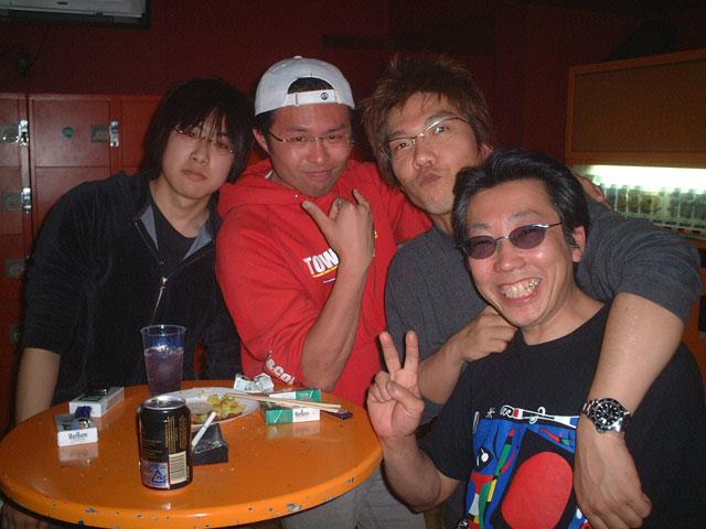 Back To The 80'東亜vol.10 / No.028
