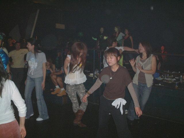 Back To The 80'東亜vol.10 / No.071