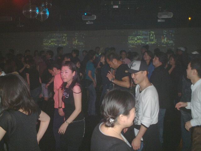 Back To The 80'東亜vol.12 / No.068