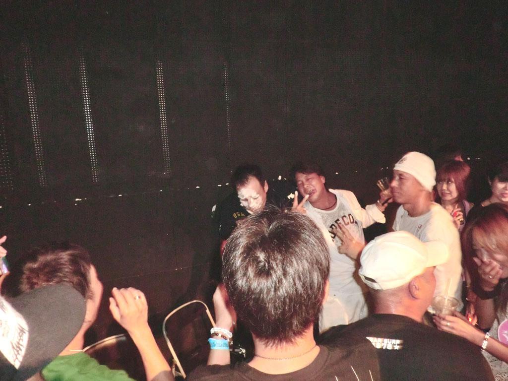 Back To The 80'東亜vol.16 / No.083