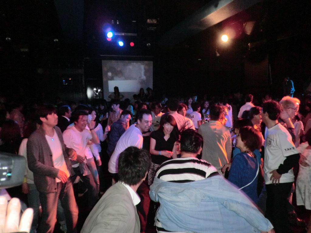 Back To The 80'東亜vol.17 / No.069