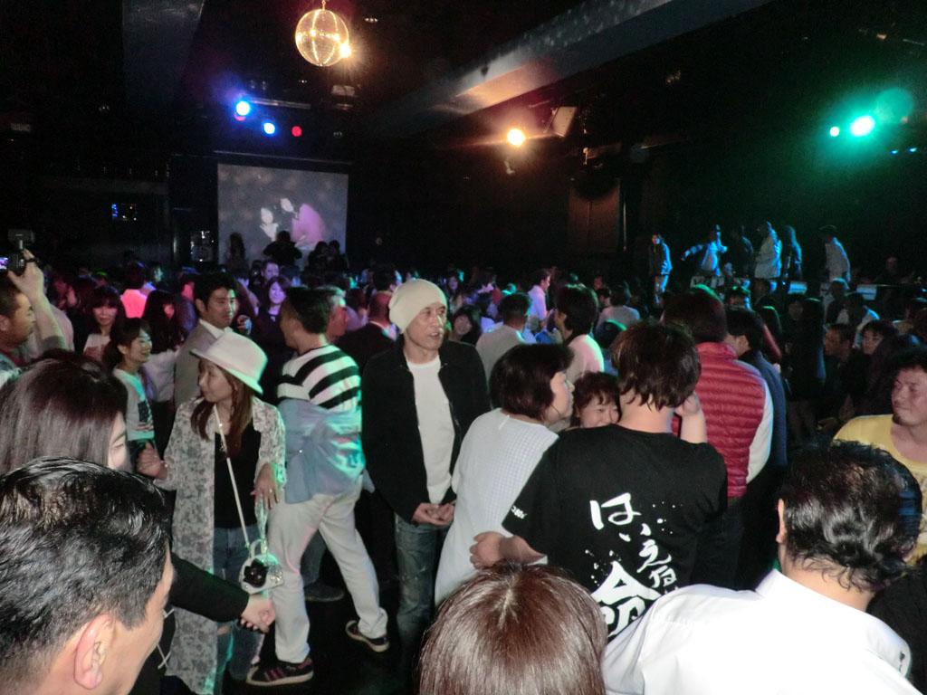 Back To The 80'東亜vol.17 / No.070